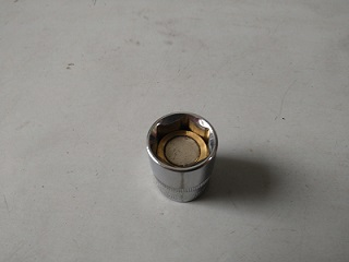 磁石つきソケットレンチ