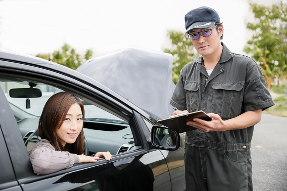 自動車整備士と女性