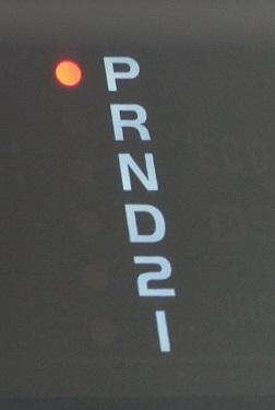 シフトレンジ表示灯
